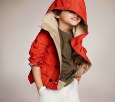 Foto niños. Ejemplo de Burberry