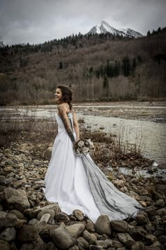 With integrated corset and silver dupioni silk train Corset, Train, Silk, Wedding Dresses, Fashion, Bride Dresses, Moda, Bustiers, Bridal Gowns