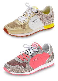 Farbenfrohe Sneaker machen jedes Outfit zum Frühlings-Look. #Mode #Schuhe #Sneaker