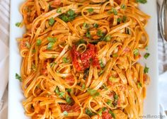 A DELICIOUS copycat recipe of Cheesecake Factory's Sun-Dried Tomato Fettuccine. Your family will love this dinner recipe! Fettuccine Recipes, Pasta Recipes, Dinner Recipes, Cooking Recipes, Spaghetti Recipes, Restaurant Recipes, Shrimp Recipes, Rice Recipes, Healthy Recipes
