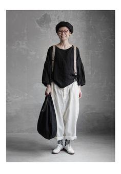 【送料無料】Joie de Vivreフレンチリネンワッシャー ペザントスリーププルオーバー Grey Fashion, Womens Fashion, Fashion Design, Casual Outfits, Cute Outfits, Linen Dresses, All About Fashion, Japanese Fashion, Beautiful Outfits
