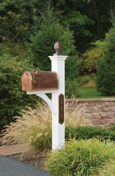 My Curb Appeal Plans: Beautiful Mailboxes, Mailbox Posts, and Mailbox Landscaping - Addicted 2 Decorating® mailbox post with copper mailbox and accents Mailbox Garden, Diy Mailbox, Mailbox Landscaping, Mailbox Post, Mailbox Ideas, Country Mailbox, Mailbox Plants, Mailbox Numbers, Urban Furniture