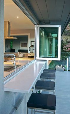 Bring the outdoors IN with these accordion glass windows and doors. Much less pricey than accordion doors, but with the same effect. outdoors inside interiors Bring the outdoors IN with these accordion glass windows and doors. Home Design, Küchen Design, Design Ideas, Deck Design, Window Design, Interior Design, Bar Designs, Urban Design, Layout Design