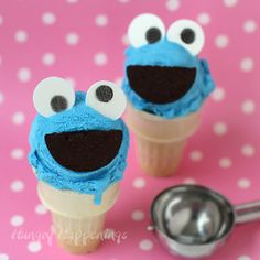 How to make a Cookie Monster Cotton Candy Ice Cream Cone. Tutorial at HungryHappenings.com