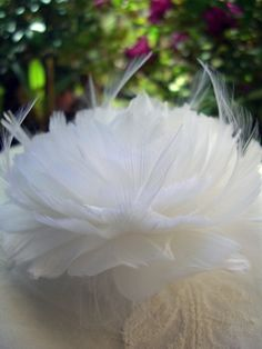 """Feather Flowers Open White Gardenia Feather Flowers for Hair (4.5"""")"""