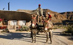 The online travel portal HolidayCheck has awarded the HolidayCheck Award to numerous accommodations of the Gondwana Collection Namibia. Canyon Park, Desert Tour, Main Attraction, Online Travel, Wild Horses, Lodges, Mount Rushmore, Safari, National Parks