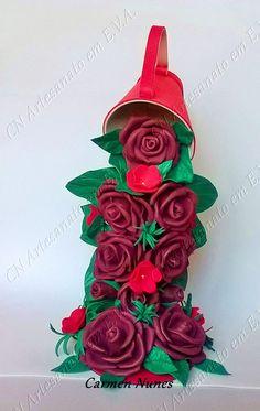 Cascata de rosas na xícara.