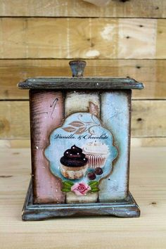 Cajas Decoupage Decoupage Vintage, Decoupage Glass, Decoupage Box, Lace Painting, Painting On Wood, Shabby Chic Crafts, Craft Bags, Altered Boxes, Painted Boxes