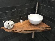Bathroom Design Luxury, Bathroom Design Small, Bathroom Layout, Small Bathroom With Tub, Small Toilet Room, Wc Design, House Design, Rustic Bathrooms, Dream Bathrooms