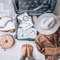 5 Tips for Maintaining Your Wellness Routine While Traveling — Om & The City Travel Water Bottle, Healthy Travel Snacks, Evening Routine, Travel Workout, Healthy Eating Habits, I Am Game, Wellness Tips, Holiday Travel, Travel Essentials