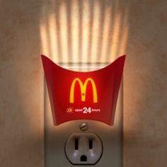 Publicidad creativa tambien extraña las papas de mac donald!
