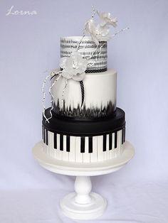 Music cake.. by Lorna