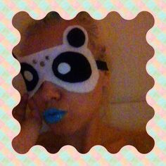 6 step DIY Panda Sleep Mask!