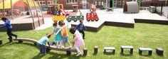 Cour de récréation: Fabriqué en plastique recyclé imputrescible de Govaplast et sans échardes et entretien. School, Childhood Games, Courtyards, Plastic Art, Interview