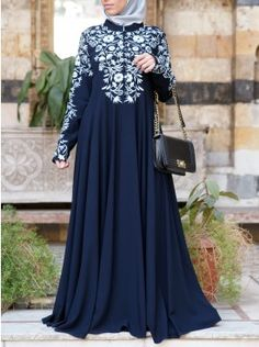 Add some sparkle to your look with our modest abaya gowns: elegant cuts, exquisite fabrics, and delicate details perfect for your special occasions Abaya Fashion, Fashion Outfits, Modest Fashion, Fashion Ideas, Mens Fashion, Hijab Evening Dress, Hijab Dress, Arabic Dress, Muslim Dress