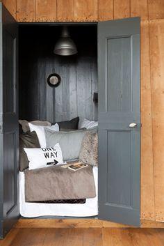 schrankbett wandbett murphy bed on pinterest murphy beds. Black Bedroom Furniture Sets. Home Design Ideas