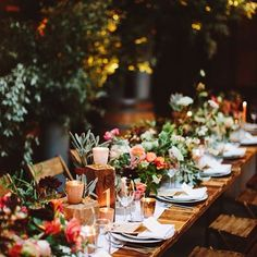 Brooklyn Wedding with Breathtaking Floral Design ⋆ Ruffled - Garden Wedding Wedding Table, Rustic Wedding, Wedding Reception, Marriage Reception, Garden Party Wedding, Indoor Wedding, Reception Table, Reception Ideas, Wedding Designs