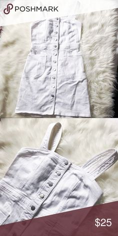 Express denim dress 💋 Super cute overall dress by Express. White denim. Size 4. Only worn once, perfect condition. Express Dresses