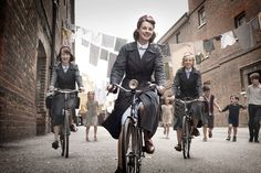 """""""Call the Midwife"""" BBC-TV promotional still, 2012.  L to R: Byrony Hannah, Jessica Raine, Helen George.  This series about a group of nurse midwives working in the East End of London in the late 1950s and 1960s was produced by Sam Mendes' production company.  The show was an immediate hit and enters its 10th season in the winter of 2021. Kacey Ainsworth, Helen George, Dawn French, Sam Mendes, Masterpiece Theater, Call The Midwife, Bbc One, Bicycle Girl, Free Girl"""