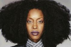 21 Brilliant Erykah Badu Philosophies That Will Inspire You