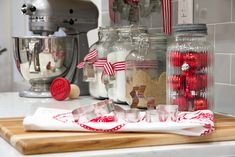 Easy Christmas Kitchen Decor | Christmas decorating in the kitchen
