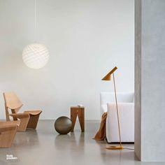 Patera Ø600 • Design by Øivind Slaatto • AJ Floor lamp in yellow ochre • Design by Arne Jacobsen. Arne Jacobsen, Floor Lamp, Flooring, Lights, Living Room, Yellow, Simple, Interior, Modern