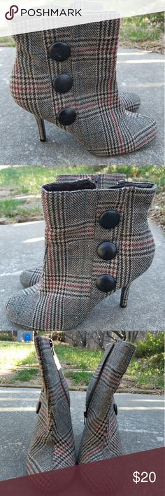 Diba plaid ankle boots I loved these super cute boots, but the size was a tiny bit off so I only wore them 3 or 4 times.  They are still in excellent condition.  There are some light scuffs on the buttons, but no other issues. Diba Shoes Ankle Boots & Booties