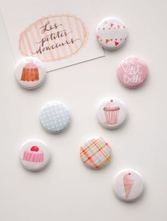 """La vie est belle 1"""" Pinback Button Badge SET"""
