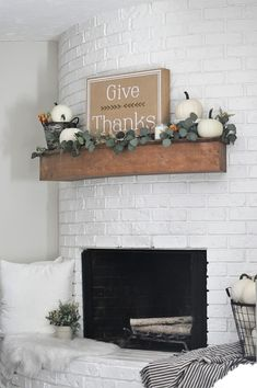 Neutral Fall Decor Ideas / Simple farmhouse fall decor in our family room tour. Get ideas for how to decorate your mantel with pumpkins and fireplace hearth with lovely rustic decor. Inspiration for your own fall decorating! Modern Fall Decor, Fall Home Decor, Cheap Home Decor, Fall Living Room, Cozy Living Rooms, Living Room Decor, Family Room Decorating, Farmhouse Style Decorating, Fall Decorating