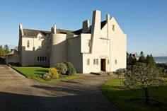 Historical Architecture, School Architecture, Amazing Architecture, Architecture Design, Charles Rennie Mackintosh, Art Nouveau, Lanscape Design, Glasgow School Of Art, Country Houses