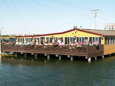 Brown's Lobster Pound Perched over the tidal Blackwater River near Seabrook's inviting beach, Brown's has been serving up fresh boiled lobster for more than 50 years. The timber-frame dining hall is a great place to feast on lobsters, fried clams, lobster rolls, and creamy, spicy lobster bisque. The summer sunsets off the back deck are not to be missed. Seabrook, NH. 603-474-3331; brownslobsterpound.com