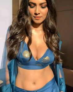 Hot Actresses, Indian Actresses, Actress Hot Photoshoot, Halle Berry Hot, Lovely Girl Image, Indian Bollywood Actress, Blouse Neck Designs, Beautiful Indian Actress, Beautiful Women