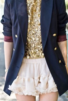 I <3 the look of large, rough sequins under an over-sized blazer.
