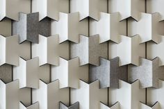 FilzFelt carries German-milled Wool Design Felt and felt products including acoustic solutions, drapery, floor coverings, hanging panels, wall panels and custom services. Cardboard Sculpture, Cardboard Art, Cardboard Furniture, Acoustic Wall Panels, 3d Wall Panels, Module Design, Acoustic Design, Modular Walls