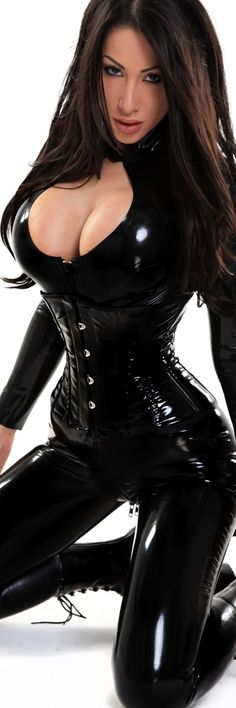 A super sexy latex catwoman costume on a model. #latex