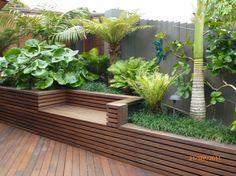 Tropical Garden Design, Back Garden Design, Tropical Plants, Tropical Gardens, Small Backyard Landscaping, Tropical Landscaping, Diy Garden, Garden Beds, Garden Ideas Nz