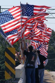 Fly the American Flag - Facebook