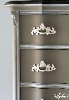 Sophia's: Glaze Craze - Tips for Glazing Furniture - beautiful!