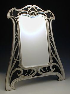 almost this exact pattern painted around the windows perhaps? - WMF Art Nouveau Mirror pewter on wood Motif Art Deco, Art Nouveau Design, Design Art, Jugendstil Design, Art Nouveau Furniture, Arts And Crafts Movement, Belle Epoque, Art And Architecture, New Art