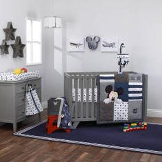 Hello World – Mickey Mouse Collection 4pc Crib Bedding Set