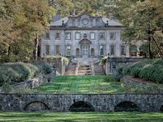 The Swan House, located in Atlanta, Georgia. Beautiful!