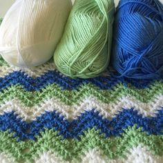 A new baby blanket is coming soon !