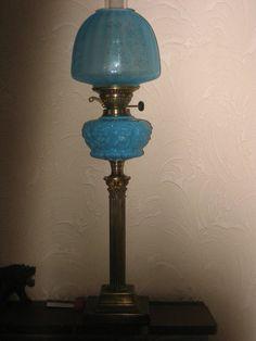 Antique Irish Victorian Oil Lamp