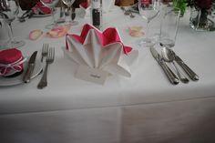 Serviettentechnik Clever, Napkins, Weddings, Tableware, Diy, Ideas, Dinnerware, Towels, Bricolage