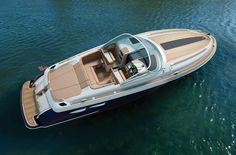 The Corsair 36 yacht is the new stylish super boat by Chris-Craft Boats. The yacht features an open aft lounge offering maximum seating, and boasts an electric dining table that hides away virtually undetected in the teak sole. The expanded aft sun p Sport Yacht, Yacht Boat, Pontoon Boat, Bateau Yacht, Chris Craft Boats, Sport Boats, Cool Boats, Fast Boats, Super Yachts