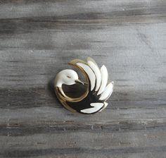 vintage curled swan brooch