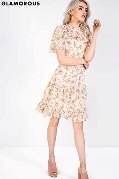 Rochie Glamorous cu model floral.