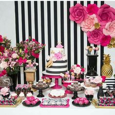 33 Table decoration ideas: How to make the perfect birthday table - Geburtstagsbilder - Birthday Table, 30th Birthday Parties, Mom Birthday, Kate Spade Party, Floral Centerpieces, Birthday Decorations, Paper Flowers, Baby Shower, Girl Shower