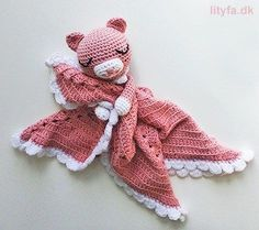Ravelry: Cute cat security blanket pattern by Lityfa Crochet Lovey, Cute Crochet, Baby Blanket Crochet, Crochet For Kids, Crochet Crafts, Crochet Dolls, Crochet Projects, Baby Barn, Lovey Blanket