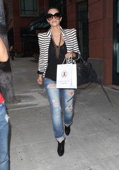 Kim Kardashian Gold Chain - Kim Kardashian Jewelry Looks - StyleBistro